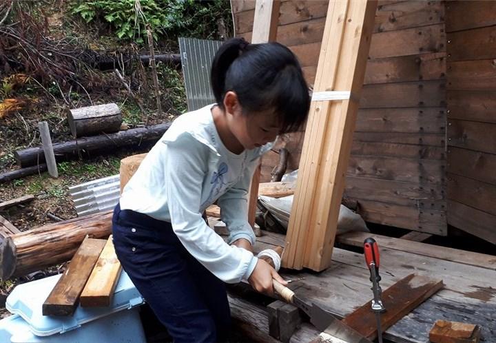 子供と大工仕事